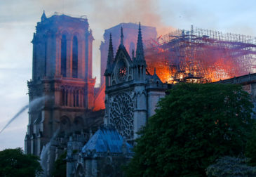 Власти Франции могут не справиться с восстановлением Нотр-Дама