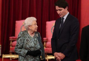 Канадцы не хотят платить за королевскую семью