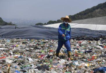 Китай избавится от пластика
