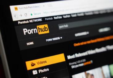 PornHub открыл всем бесплатный премиум-доступ, призывая к самоизоляции