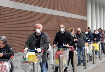 Европа собирается продлить карантин, эпидемия приближается к пику