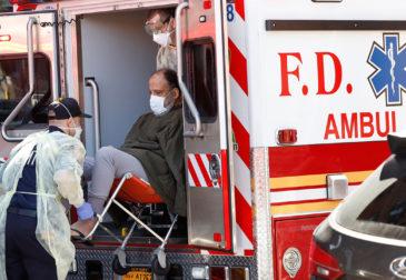 Больницы в США угрожают уволить врачей, которые расскажут об условиях труда