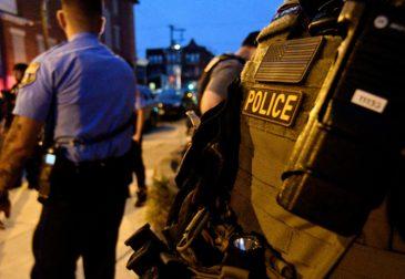 Массовое увольнение американских полицейских!