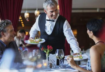 Как решить глобальную проблему ресторанного сервиса в России?