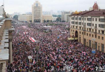 Новый митинг в 150 тысяч человек: белорусы против Лукашенко