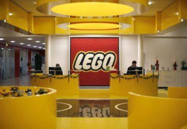Недетские новости о LEGO