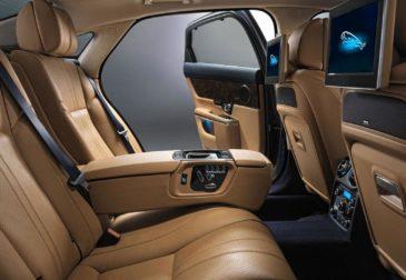 Мусора в автомобилях Jaguar Land Rover станет больше
