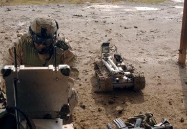 США отстает в области военных технологий