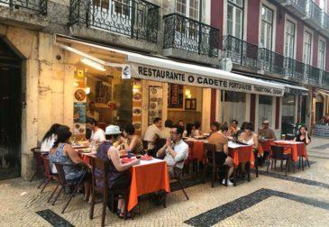 Португалия ввела режим ЧС
