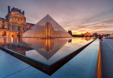 Один клик и вы в Лувре