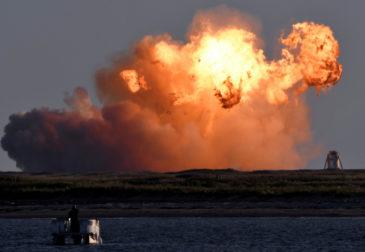 Огненная посадка самой большой ракеты SpaceX