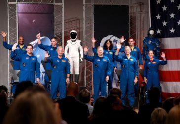«Пошлю ее на …»: NASA планирует отправить женщину на Луну