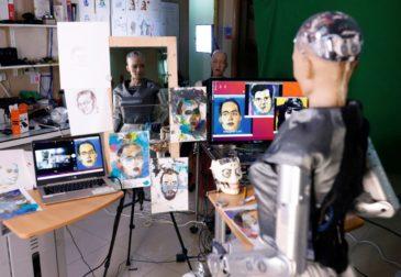 Автопортрет, который нарисовал робот продаётся на аукционе за 700 тысяч долларов