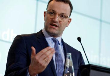 Купит / не купит: Германия думает о покупке «Спутник V»